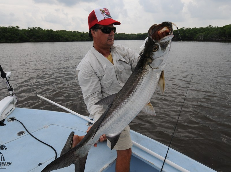 Captain bruce experienced chokoloskee fishing guide for Everglades city fishing